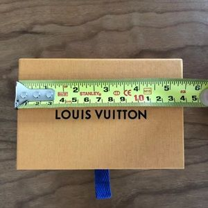LOUIS VUITTON authentic box